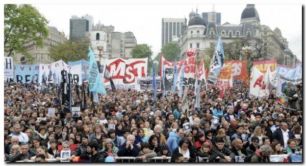 PEDIDO: Miles de personas marcharon por Maldonado a dos meses de su desaparición