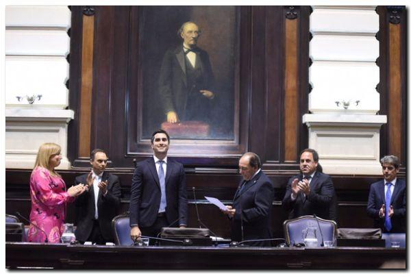 POLÍTICA: Rago presidió la sesión de Diputados y tomó juramento a los nuevos legisladores
