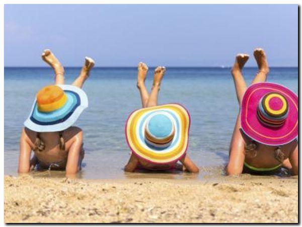 TURISMO: Un verano «restrictivo»