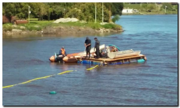 NECOCHEA: Se colocan dos juntas de refuerzo en el caño subfluvial del Río Quequén