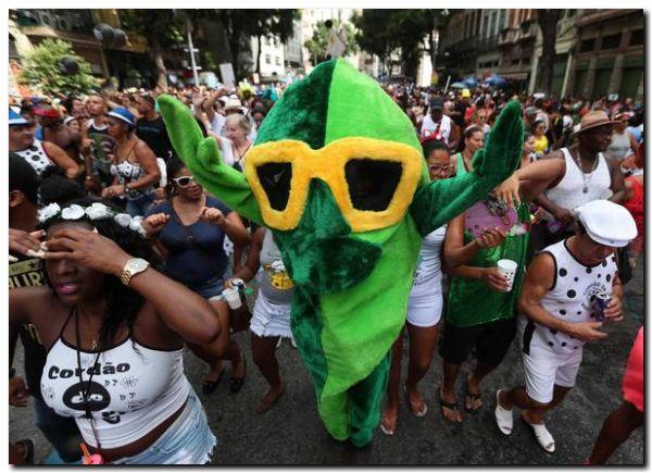 BRASIL: Carnaval, la apoteosis mezclada con la crisis