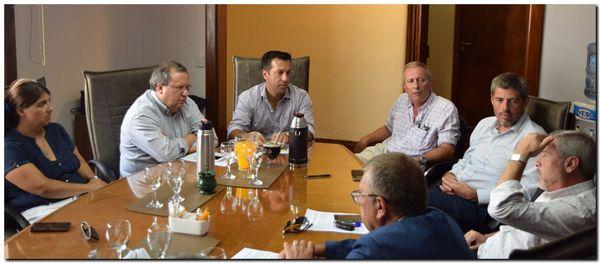 PUERTO QUEQUÉN: Acuerdo para consensuar un convenio colectivo de trabajo