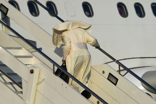 VATICANO: El papa inicia su visita a África junto a los desfavorecidos de Mozambique