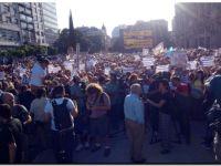 La Plaza del Vaticano, escenario del reclamo de justicia por la muerte de Nisman