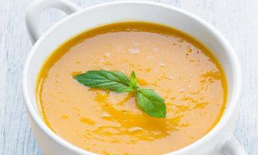 Sopa crema de calabaza y avena