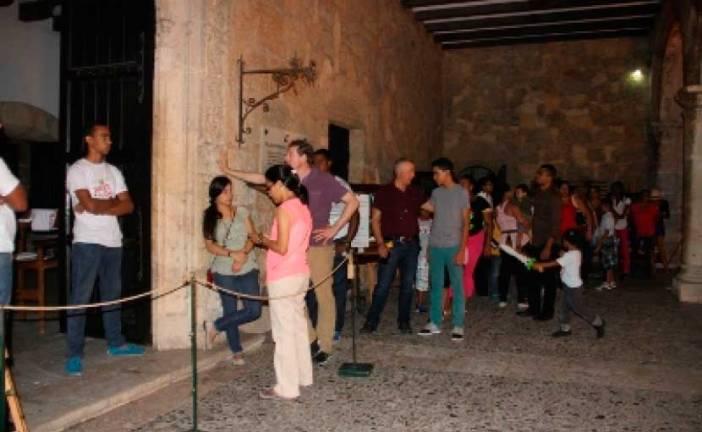 El público respaldo la Noche Larga de los Museos