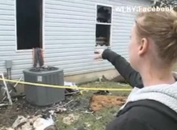 Hombre le  quema la casa a una mujer que lo rechazó por Facebook