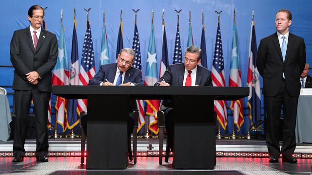Puerto Rico y RD firman 11 acuerdos de cooperación