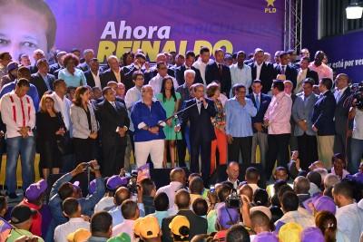 Reinaldo inaugura comando de campaña