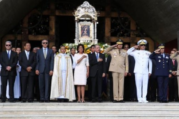 Gobierno en pleno participa en actos por la Virgen de La Altagracia