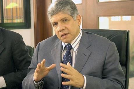 """Eduardo Estrella afirma que en el caso DICAN """"falta mucha gente de poder"""""""