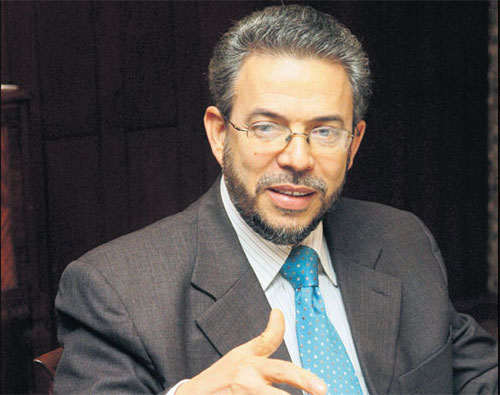 Muere padre de Guillermo Moreno