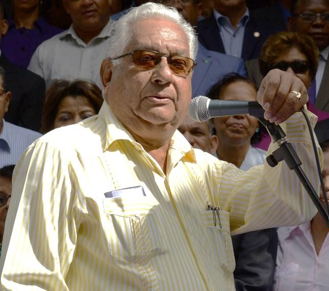 Gutiérrez Félix considera  tema de las relaciones con Haití, debe conocerse en Comité Político