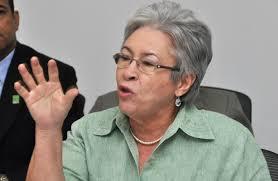 Ministra de Salud expone planes sobre revisión de nóminas