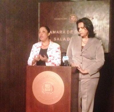 Las diputadas Minou Tavárez Mirabal y Guadalupe Valdez piden fortalecer institucionalidad legislativa