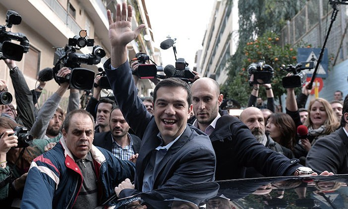 Syriza encabeza los sondeos a boca de urna en Grecia