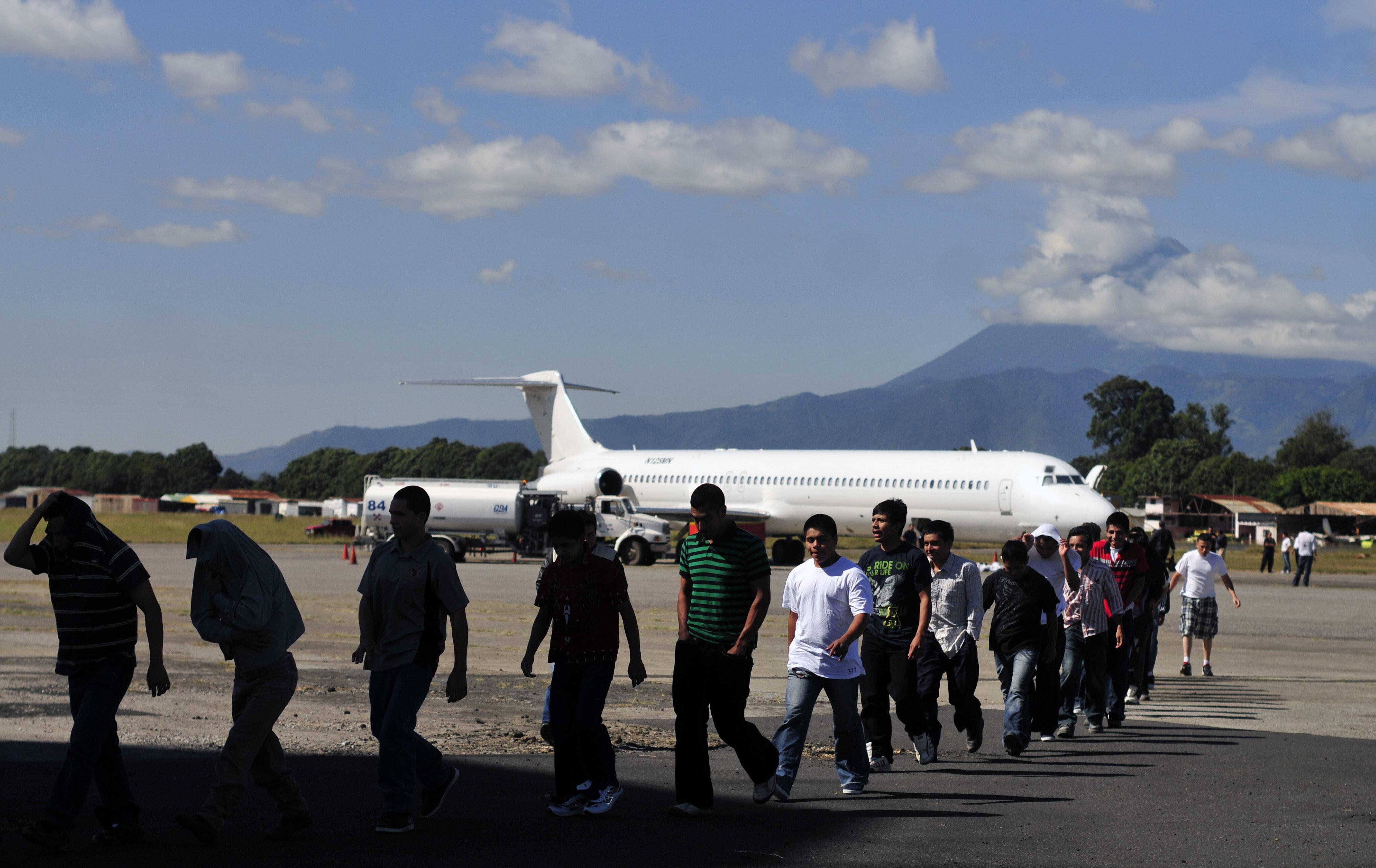 Estados Unidos repatria a 75 dominicanos