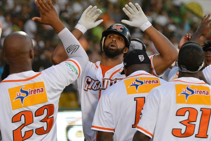 Los Gigantes se coronan campeones del béisbol dominicano