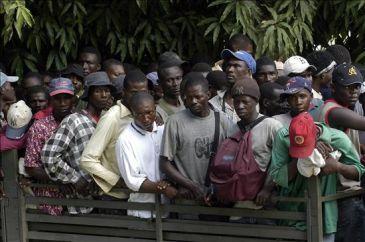 Apresan 13 mil indocumentados haitianos