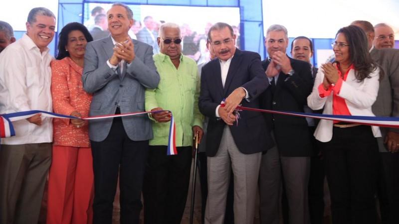 Danilo inaugura la primera fase de la Avenida Circunvalación de Santo Domingo
