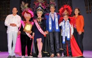 Miriam Cruz y Eddy Herrera fueron declarados Reyes del Desfile Nacional de Carnaval.