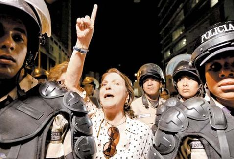 Esposa de alcade preso en Venezuela emprenderá una gira mundial