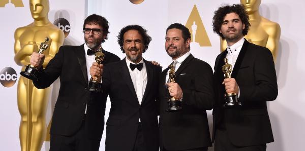 Ganadores de los Oscar mira la lista