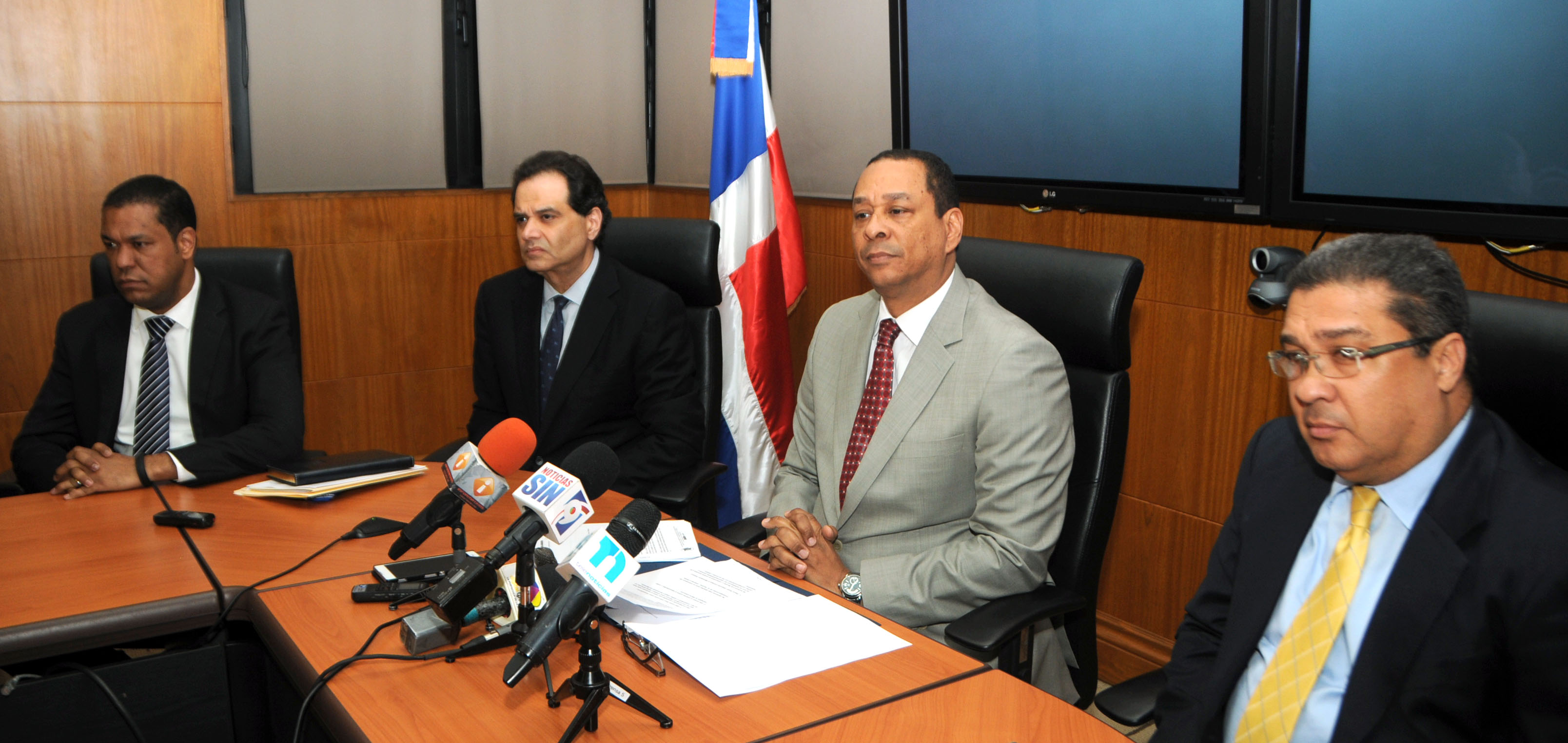 Superintendencia de Bancos aclara ha manejado situación Banco Peravia con total transparencia