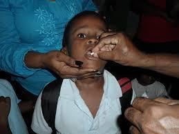 Plan Social  nutre y desparasita a niños de bateyes de Monte Plata