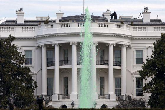 Se requiere falsa Casa Blanca