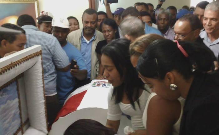 En el propio sepelio de Victoriano Santos, arrestan a sospechoso de su asesinato