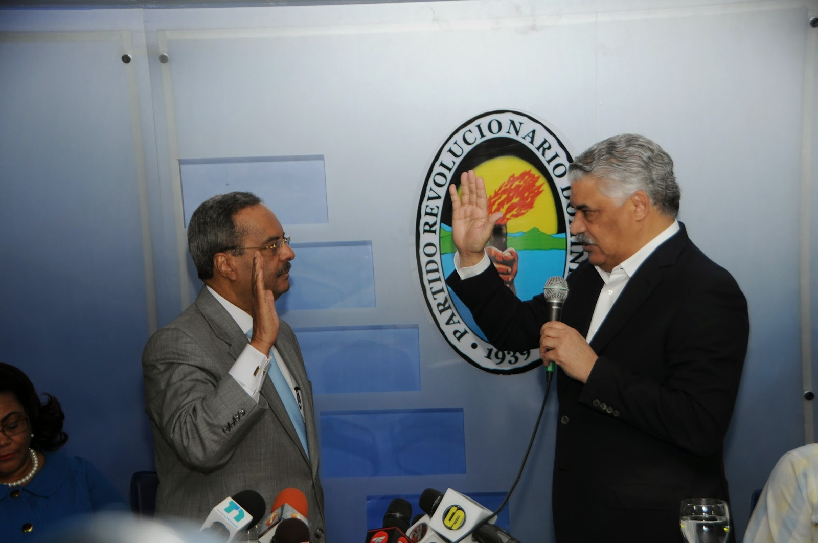 César Mella fue juramentado como vicepresidente del PRD