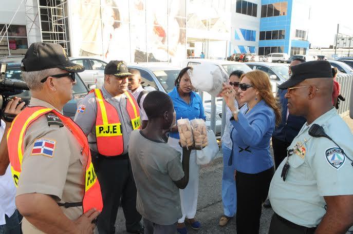Las autoridades rescatan  de las calles a 41 menores dominicanos e ilegales haitianos