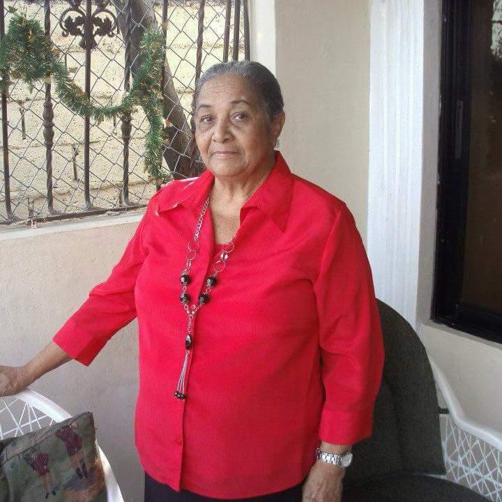 Buscan mujer de 70 años desaparecida en la Capital