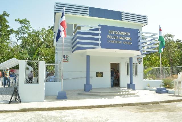 Entregan nuevos cuarteles policiales en San Juan, Cotuí y el El Seybo