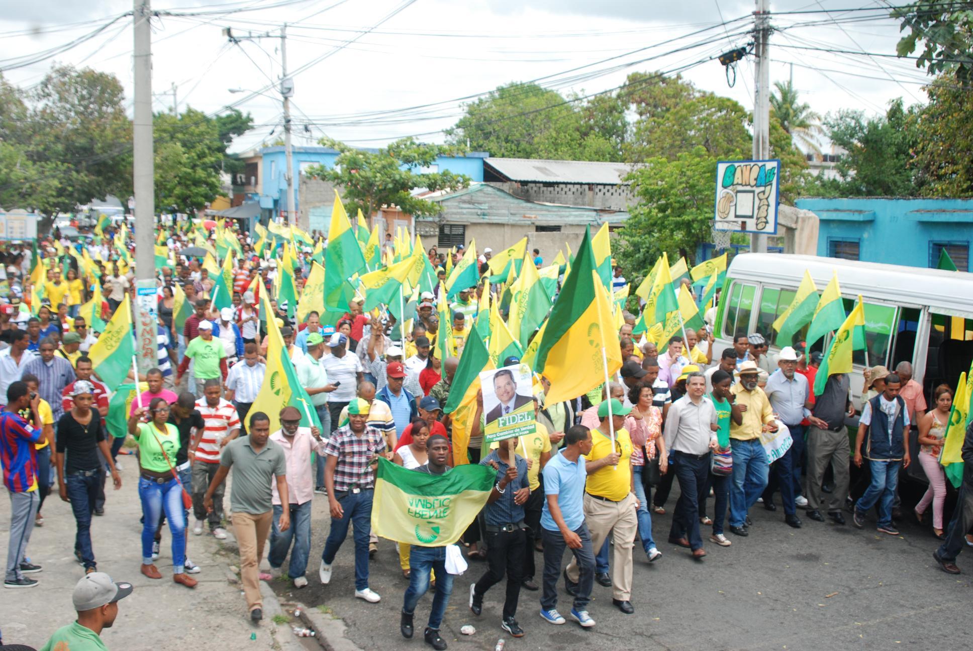 Fidel Santana afirma PLD ha debilitado la institucionalidad