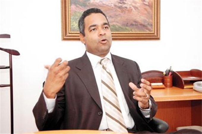 Empresarios rechazan la propuesta de aumento salarial de Sánchez Roa