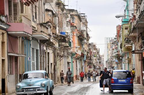 El principio del fin del embargo. Levantan  restricciones para viajar a Cuba.