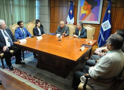Procuraduría recibe comisión penitenciaria de Puerto Rico