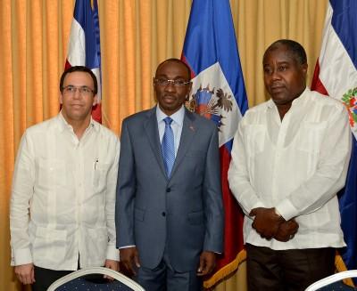 Cancilleres Haití y RD coordinan deportaciones