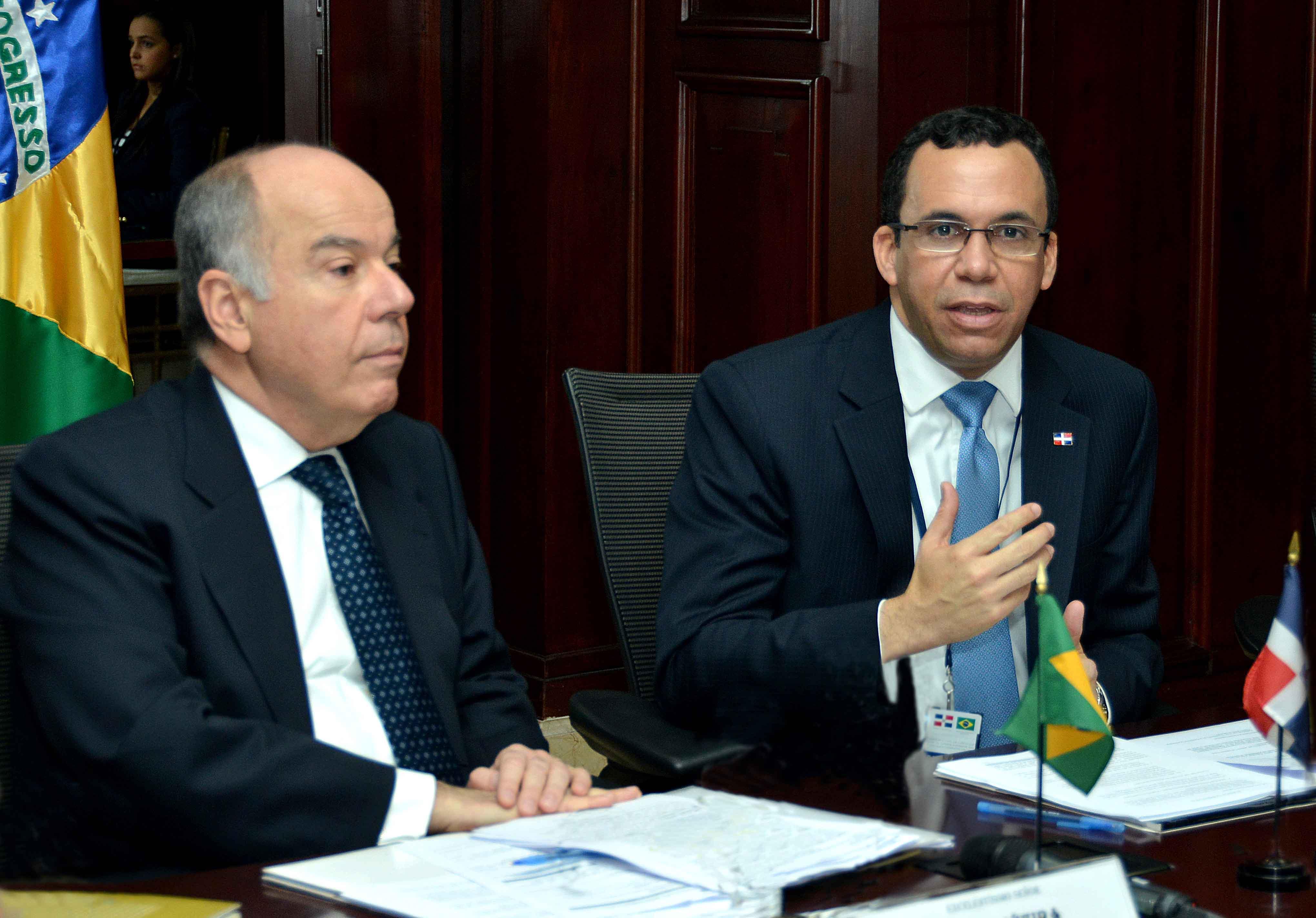 Cancilleres de RD y Brasil acuerdan profundizar diálogo político bilateral