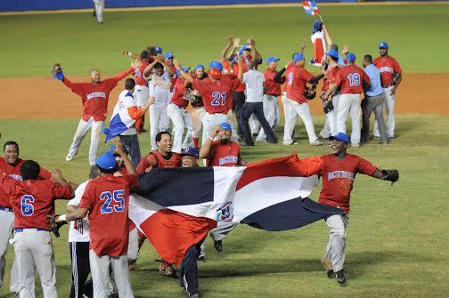 La pelota dominicana se luce en los Panamericanos. Le gana a Colombia