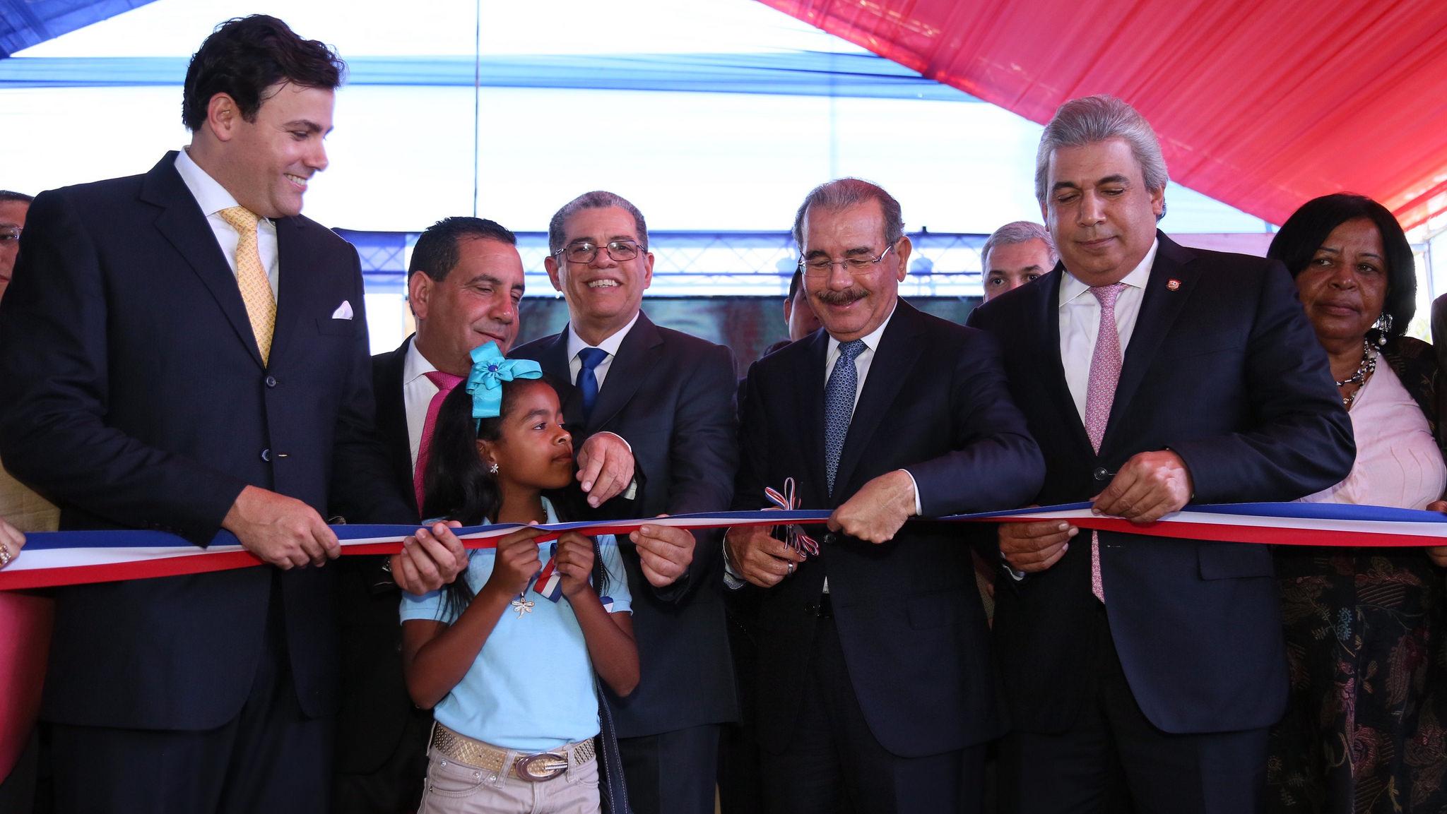Danilo inaugura plantel en San José de Ocoa