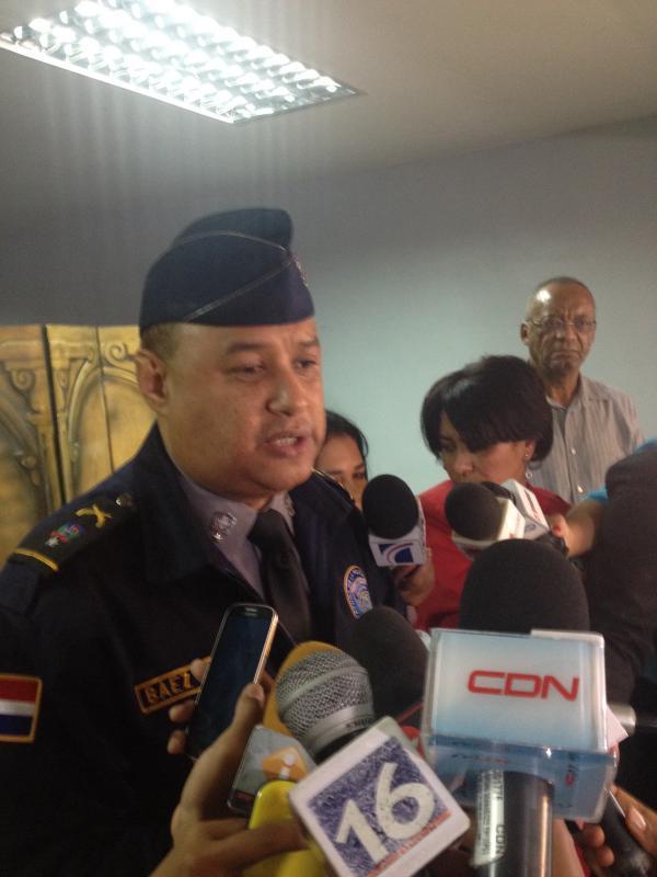 Policía ocupan cuatro armas, drogas y artículos robados