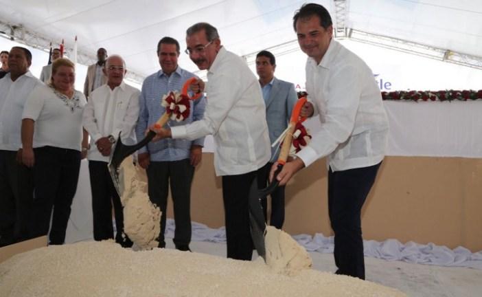 Danilo da primer palazo para la construcción de hotel en Punta Cana
