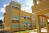 Medina entrega escuela Socorro Sánchez, de 21 aulas, en Villa Altagracia