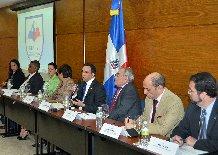 Canciller se reúne con organizaciones de la sociedad civil
