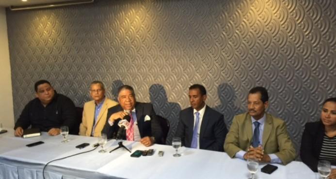 PLD tuvo encuentro con  sus alcaldes
