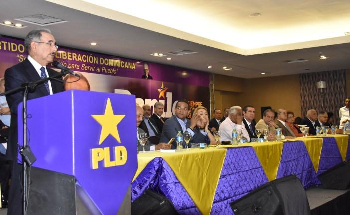 PLD escoge equipo que dirigirá campaña de Danilo