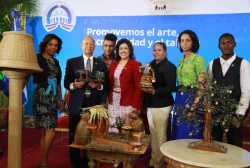 Vicepresidenta premia artesanos de Progresando con Solidaridad